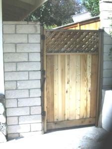 wood gate2